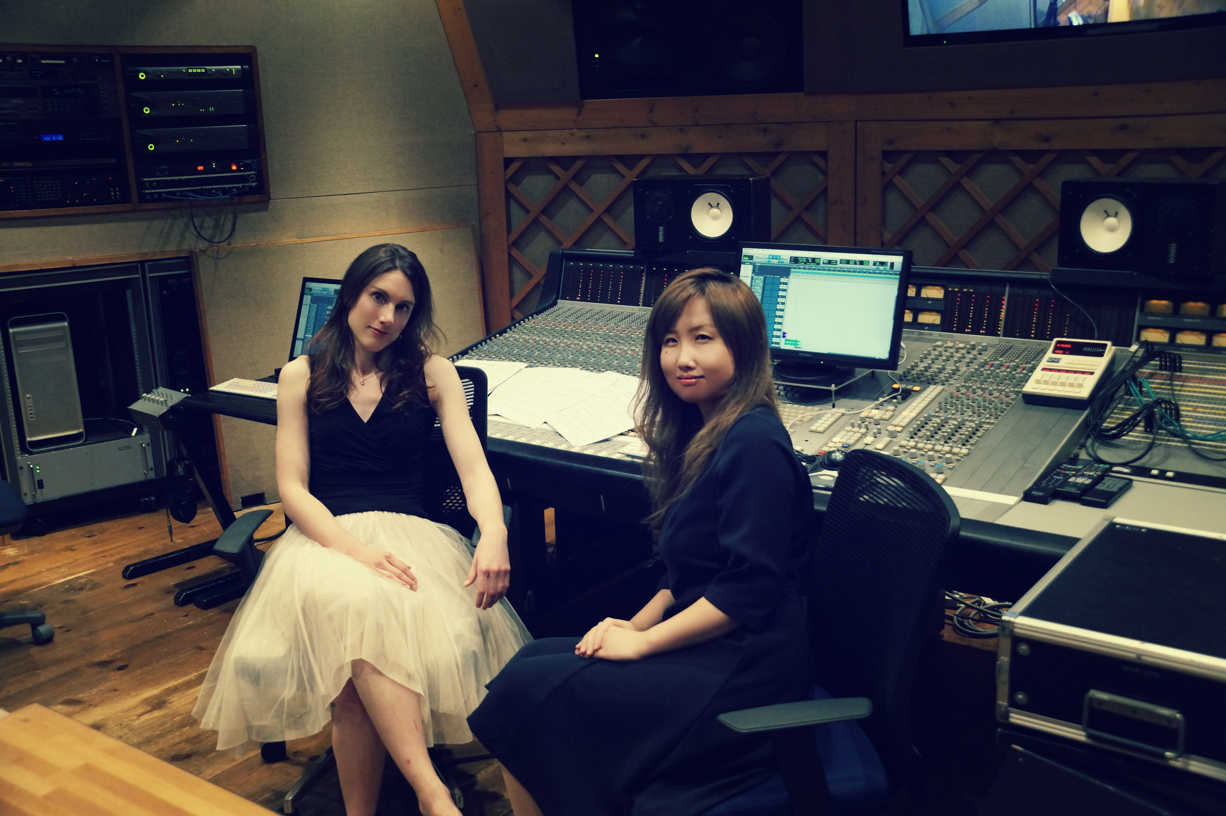 「THE HARP Tamsin Dearnley × TSUKINOSORA Interview」